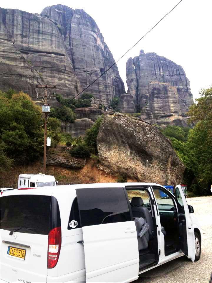 meteora-metafora-taxi-van-minibus